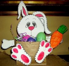 Easter Basket out of a brown lunch bag and printable template. Cute Easter decoration and craft.