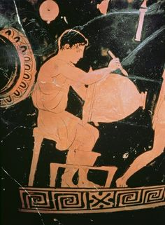 Attic red-figure bell-crater, detail showing a potter painting a bell-crater, c.430-425 BC (ceramic) Komaris Painter, (fl.c.450-420 BC) / Ashmolean Museum, University of Oxford, UK / The Bridgeman Art Library