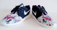 Women's Nike Roshe One Black Print Flower Running Shoes Black Nike Shoes For Sale, Nike Shoes Outlet, Black Running Shoes, Running Shoes Nike, Yeezy 350 Shoes, Roshe Shoes, Women's Shoes, Shoes 2014