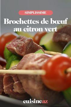 Une recette acidulée de brochettes de bœuf au citron vert à cuire au barbecue. #recette#cuisine#brochette#boeuf #citronvert #barbecue Barbecue, Meat, Food, Bell Pepper, Cherry Tomatoes, Zucchini, Skewers, Special Recipes, Key Lime