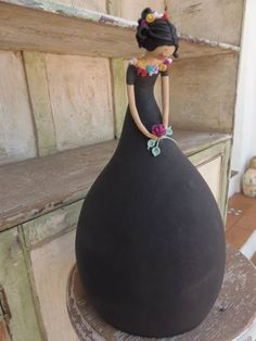 .LADY GOURD - simple elegant design - holding single rose