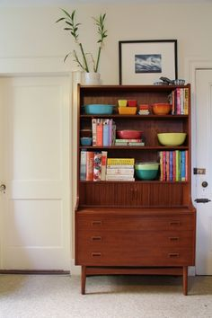 Stylish Bookcase Design in Various Models with adorable photograph : Gorgeous Mid Century Modern Bookcase Made From Wooden Material And Deco. Mid Century Decor, Mid Century House, Mid Century Style, Mid Century Furniture, Mid Century Design, Mid Century Modern Bookcase, Modern Bookshelf, Bookshelf Design, Mid-century Interior