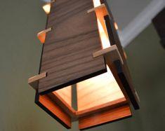 Holz-Anhänger Light_Linear Ausschnitte von LottieandLu auf Etsy