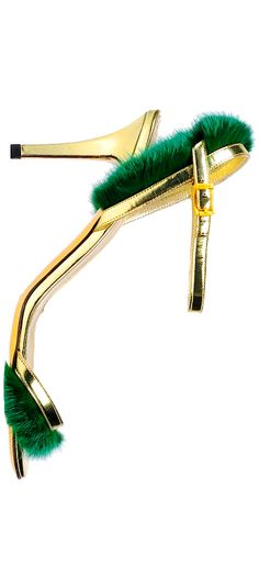 Fashion Loos: I want this shoe paired with the green dress in the green bedroom. Fendi  | The House of Beccaria