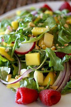 Fruit Salad, Cobb Salad, Salad Recipes, Vegan Recipes, Dried Fruit, Vegan Breakfast, Vegan Dinners, Salads, Veggies