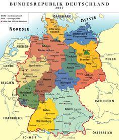 Deutschland ist von 9 Staaten umgeben.  Insgesamt 3.621 km Grenze. Grenzländer: Österreich 784 km, Tschechien 646 km, Niederlande 577 km, Polen 456 km, Frankreich 451 km, Schweiz 334 km, Belgien 167 km,  Luxemburg 138 km, Dänemark 68 km.  Deutschland besteht aus 16 Bundesländern. Baden-Württemberg, Bayern, Brandenburg, Bremen, Hamburg, Hessen, Mecklenburg-Vorpommern, Niedersachsen, Nordrhein-Westfalen, Rheinland-Pfalz, Sachsen, Sachsen-Anhalt, Schleswig-Holstein, Thüringen, Berlin…