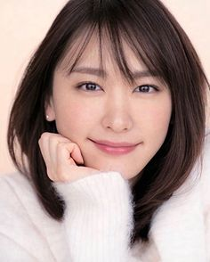 Cute Asian Girls, Cute Girls, Cool Girl, Japanese Beauty, Asian Beauty, Celebrity Faces, Beach Wear, Japanese Artists, Pretty Woman