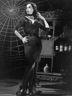 Glamour Ghoul Gown - Vampira® by La Femme En Noir The Munsters, Manado, Carolyn Jones, Horror Art, Horror Movies, Horror Room, Gothic Horror, Scary Movies, Angel Warrior