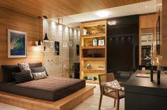 Do piso ao teto: 10 jeitos de usar a madeira sem errar na decoração