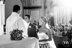 O casamento da Marina e do André foi muito iluminado!   #noivas #casamento #somosvalwander #simpatia #fotografiabh #casarembh