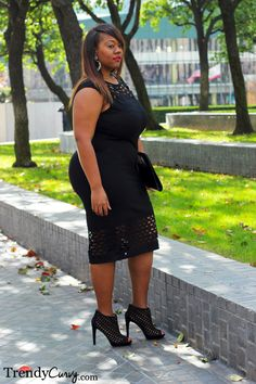 Modern, chic, sassy. Three words that I would use to describe this dress. A little black dress with a whole lotta attitude. The cut out design on the top and bottom of this bodycon dress is what sold me. It not only adds a surprising element to an otherwise plain LBD but it also gives …