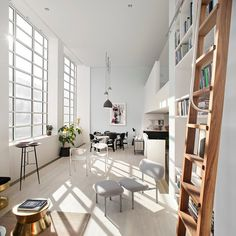 Modern loft style apartments in London: Saint Martins Lofts in Charing Cross Road, London / Darling Associates