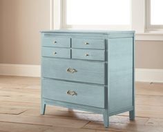 Chalk Style Paint Magnolia Green - Quart - Magnolia Home by Joanna Gaines Chalk Paint Furniture, New Furniture, Bedroom Furniture, Furniture Design, Furniture Ideas, Refurbished Furniture, Repurposed Furniture, Vintage Furniture, Furniture Refinishing