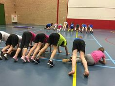 Activities to do, physical activities, indoor activities, kids gym, crossfi Kids Gym, Yoga For Kids, Exercise For Kids, Big Kids, Kid Yoga, Pe Activities, Physical Activities, Indoor Activities, Pep Rally Games