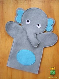 elephant puppet making from felt - Stofftiere Glove Puppets, Felt Puppets, Puppets For Kids, Felt Finger Puppets, Puppet Patterns, Felt Patterns, Stuffed Toys Patterns, Animal Hand Puppets, Puppet Making