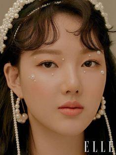 GFriend's Yerin and SinB in Elle Korea December 2019 Makeup Inspo, Makeup Inspiration, Beauty Makeup, Eye Makeup, Hair Makeup, Hair Beauty, Pretty People, Beautiful People, M109