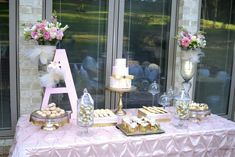 love the giant letter for the candy buffet table