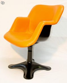 Yrjö Kukkapuro, tuoli nro 417, Finland Art Nouveau, Tom Of Finland, Lambs, Helsinki, Orange, Yellow, Furnitures, Art History, Sofas