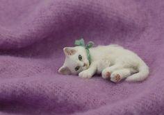 US $323.00 New in Dolls & Bears, Dollhouse Miniatures, Artist Offerings (Cozy Kitty by Kerri Pajutee)