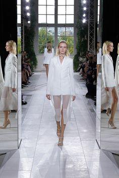 Balenciaga Spring 2014 Ready-to-Wear - Collection - Gallery - Style.com