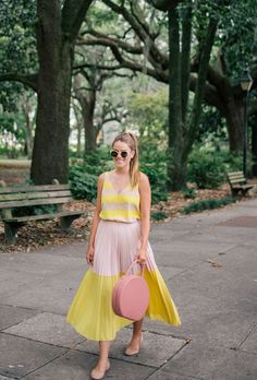 How to wear pastel pink: street style inspiration and outfit ideas from Stylecaster Pink Outfits, Summer Outfits, Summer Dresses, Casual Outfits, Look Fashion, Girl Fashion, Cute Dresses, Sexy Dresses, Girls Dresses