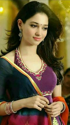 Top 10 Countries With The World's Most Beautiful Women (Pictures included) Beautiful Bollywood Actress, Most Beautiful Indian Actress, Beautiful Actresses, Beauty Full Girl, Beauty Women, Beautiful Girl Image, Gorgeous Women, India Beauty, Asian Beauty