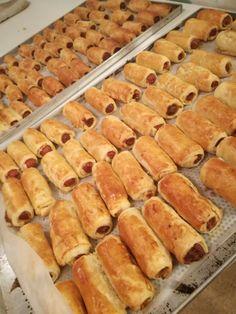 A legklasszabb bulikaja három hozzávalóból – Mai Móni Hot Dog Buns, Hot Dogs, Eat Pray Love, Pizza, Favorite Recipes, Bread, Cookies, Ethnic Recipes, Foods