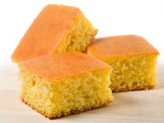 Bread Mix Corn Bread Mix – A quick and easy mix for making buttery corn bread that tastes like it was made from scratch.Corn Bread Mix – A quick and easy mix for making buttery corn bread that tastes like it was made from scratch. Sour Cream Cornbread, Buttermilk Cornbread, Homemade Cornbread, Sweet Cornbread, Cornbread Mix, Cornbread Dressing, Healthy Cornbread, Cornbread Stuffing, Cornbread Recipes