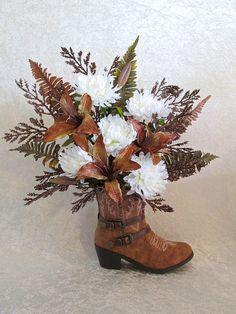 c20265ea257 53 Best Centerpieces images in 2017 | Floral arrangements, Cowgirl ...