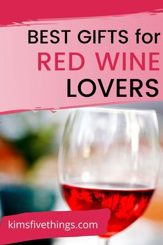 Gifts for Red Wine Lovers {Wine Lovers Essentials} Gifts For Wine Drinkers, Gifts For Wine Lovers, Wine Gifts, Best Red Wine, 60th Birthday Gifts, Tech Gifts, Just Love, Alcoholic Drinks, Kit