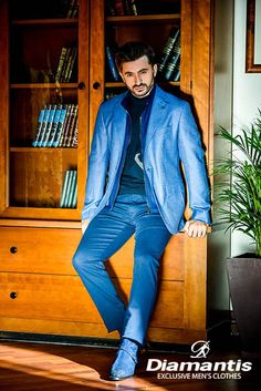Diamantis Γαμπριάτικο Κοστούμι Ν. Θεσσαλονίκης www.gamosorganosi.gr Luxury Sale, Luxury Fashion, Mens Fashion, Chivalry, Tailored Suits, European Fashion, Signature Style, Industrial Style, Mens Suits