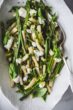 Pasta with griddled asparagus, snap peas, and ricotta