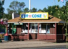 CUP AND CONE---White Bear Lake MN. it's one of the best ice cream places in MN - and ridiculously inexpensive. I highly suggest the fudge sundae and the reeses cup malt. White Bear Lake Minnesota, Park Rapids, Prior Lake, Brooklyn Park, Minnesota Home, New City, Places To Travel, Summer Time, The Good Place
