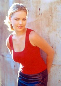 Roswell TV Series, Katherine Heigl as Isabel Evans Katherine Heigl, Roswell Tv Series, Divas, Jason Behr, Event Photos, Hd Photos, Hollywood Actresses, Beautiful Actresses, American Actress