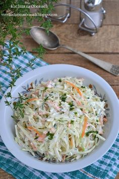 Paleo coleslaw: I substituted 10 drops of liquid stevia for the honey, and used dried dill and sea salt in place of the celery salt. Paleo Side Dishes, Vegetable Side Dishes, Slaw Recipes, Paleo Recipes, Healthy Coleslaw, European Dishes, Appetizer Salads, Dinner Salads, Appetizers