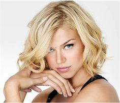 30 Flattering Hairstyles For Long Face Shapes Hairstyles For Long Faces Fine Hair Haircuts For Curly Hair, Cool Haircuts, Trendy Hairstyles, Short Haircuts, Bob Hairstyle, Blonde Hairstyles, Hairstyle Ideas, Hairstyles Haircuts, Layered Haircuts