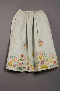 Rok (1750 - 1775) Geborduurde zijde. Inventarisnummer 5301