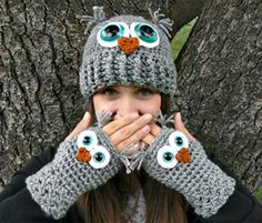 Crochet Owl Fingerless Gloves Wrist Warmers with Aqua Safety Eyes and Soft Ash Gray Acrylic Yarn Size Womans Regular OR Large via Etsy Crochet Owl Hat, Crochet Gloves, Knit Crochet, Booties Crochet, Crochet Hand Warmers, Crochet Stitches, Crochet Patterns, Fingerless Mitts, Yarn Sizes