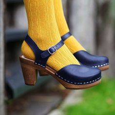 Maguba Florence in Navy