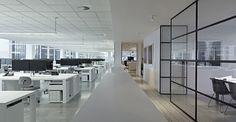 Open Office: Slattery Australia Office by Elenberg Fraser Open Office, Office Fit Out, Cool Office Space, Office Space Design, Modern Office Design, Office Workspace, Office Interior Design, Office Plan, Office Spaces