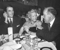 Gregory & Wife, Greta, Chat With Actor Fred Clark At Ciro's Nightclub in Hollywood Old Hollywood Prom, Vintage Hollywood, Hollywood Stars, Classic Hollywood, Gregory Peck Movies, Old Celebrities, Vintage Couples, Interesting Faces, Celebrity Couples