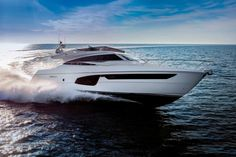 Yacht Ferretti ai saloni nautici di Cannes, Montecarlo e Genova 2014 - blog di moda bellezza donna decorazione madri