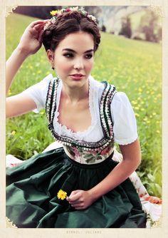 ISSUU - Lena Hoschek Tradition Spring/Summer 2013 by Lena Hoschek