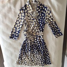 DVF Wrap Dress, Size 6 Wrap dress size 6 100% silk-- long sleeves New condition Diane von Furstenberg Dresses Long Sleeve