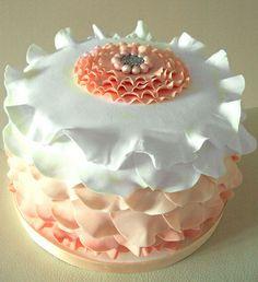 Vintage Ruffle Cake