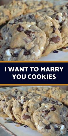 These chocolate chip cookies are a fabulous way to get your loved one's attention and keep it! It's an easy cookie recipe that includes most of everyone's favorite ingredients. Chocolate cookies are also the best reward for deserving thoughtful kids. Easy Cookie Recipes, Cookie Desserts, Just Desserts, Sweet Recipes, Baking Recipes, Delicious Desserts, Dessert Recipes, Yummy Food, Tasty
