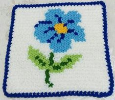This Pin was discovered by nev Pretty Patterns, Vintage Patterns, Teapot Cover, Rugs And Mats, Manta Crochet, Yarn Shop, Crochet Squares, Easy Crochet Patterns, New Hobbies