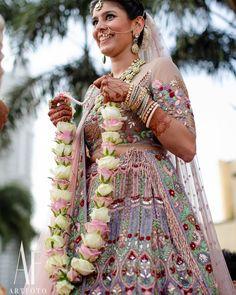Flower Garland Wedding, Wedding Garlands, Rose Garland, Floral Garland, Flower Garlands, Bridal Flowers, Flower Decorations, Bridal Chura, Bridal Lehenga