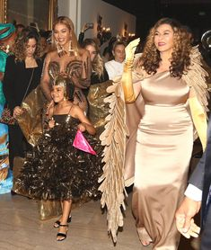 Beyoncé attending the Wearable Art Gala at the Waco Theatre Center In Los Angeles California 17th March My Life Update 20th March 2018
