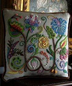 Bohin Crewel Embroidery Needles, Size 15 Per Package - Embroidery Design Guide Bordado Jacobean, Pillow Embroidery, Crewel Embroidery Kits, Embroidery Needles, Embroidery Patterns, Embroidery Blanks, Brazilian Embroidery, Needlepoint, Needlework